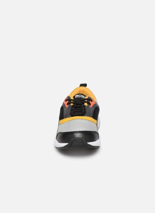 Baskets BOSS Sneakers J29189 Gris vue portées chaussures