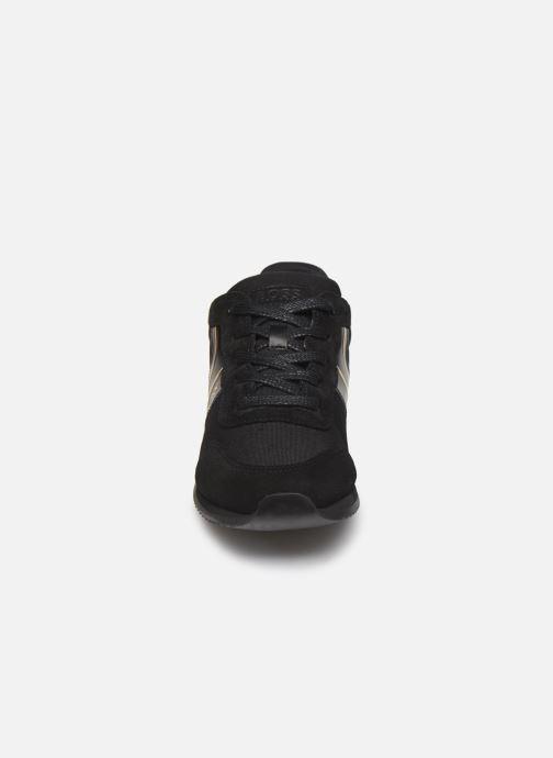 Baskets BOSS Baskets J29184 Noir vue portées chaussures