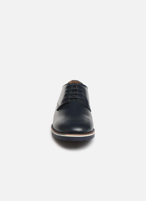 Chaussures à lacets CARREMENT BEAU Derby Y29026 Bleu vue portées chaussures