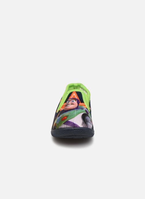 Pantuflas Toy Story Serillon Azul vista del modelo