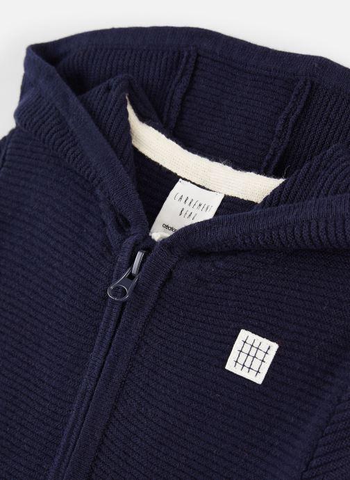 Vêtements CARREMENT BEAU Gilet Y25269 Bleu vue portées chaussures