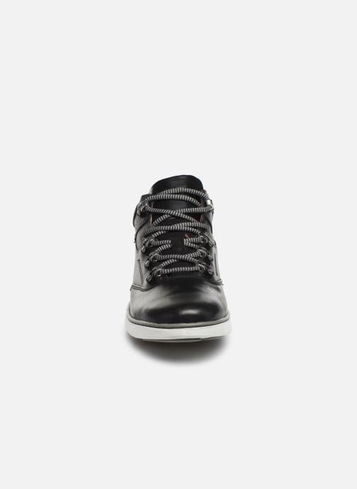 Sneaker TBS Kempton schwarz schuhe getragen
