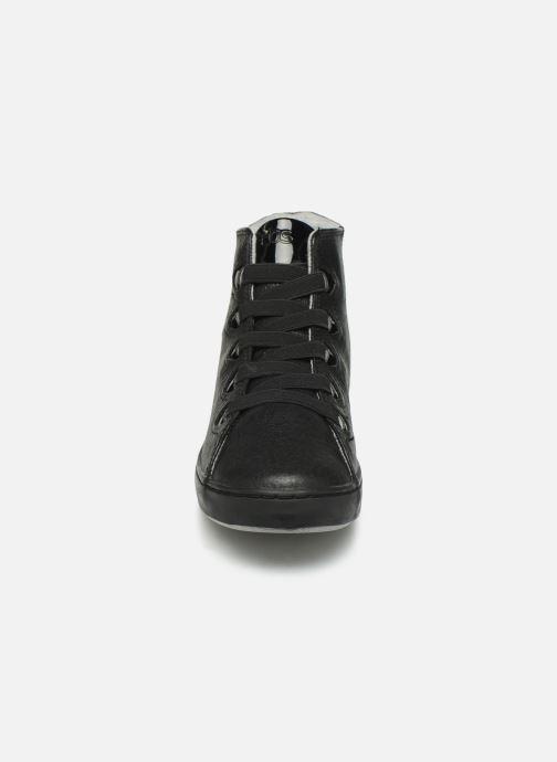 Baskets TBS Teannah Noir vue portées chaussures