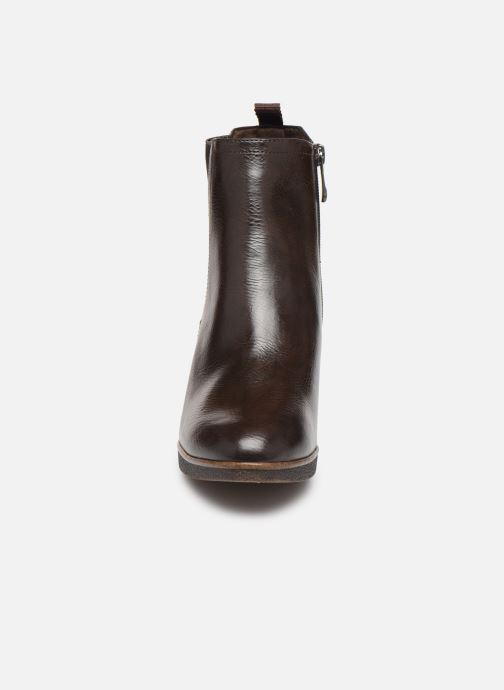 Bottines et boots Marco Tozzi 2-2-25341-23 Marron vue portées chaussures