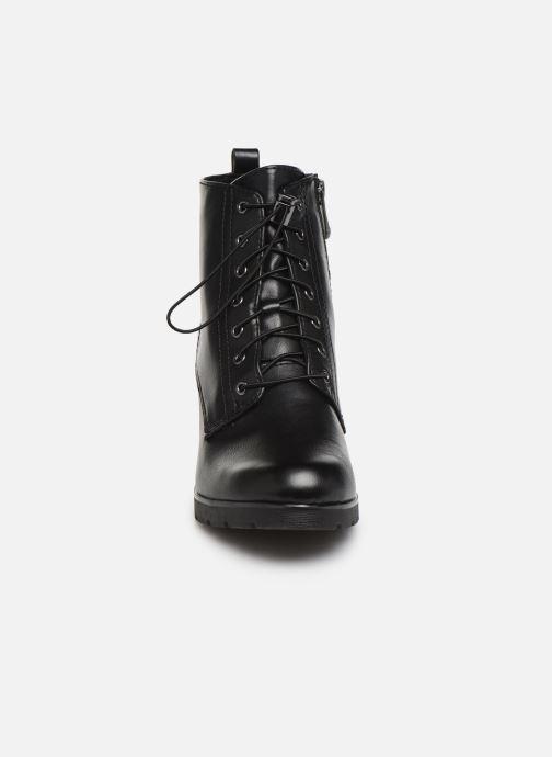 Boots en enkellaarsjes Marco Tozzi 2-2-25702-23 002 Zwart model