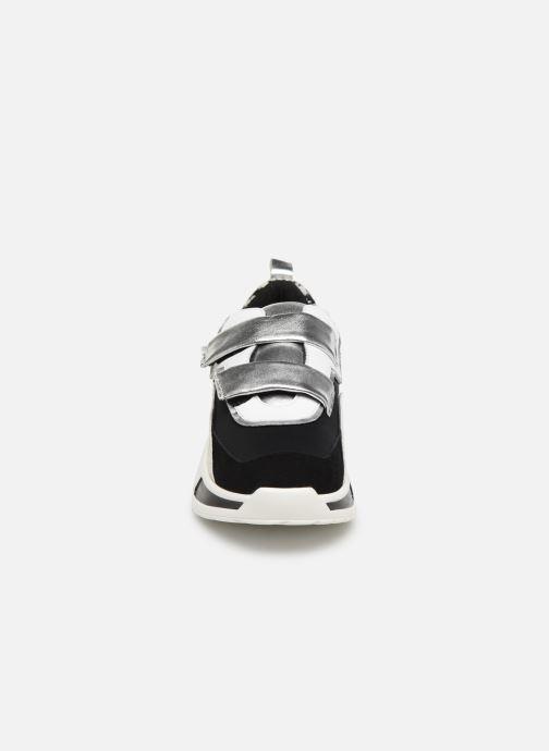 Baskets COSMOPARIS HATSUKO/NEO Noir vue portées chaussures