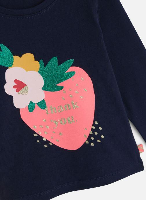 Vêtements Billieblush T-shirt U15668 Bleu vue portées chaussures