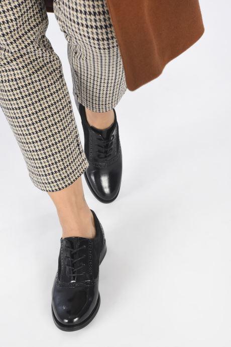 Chaussures à lacets Aldo KAOAWEN Noir vue bas / vue portée sac