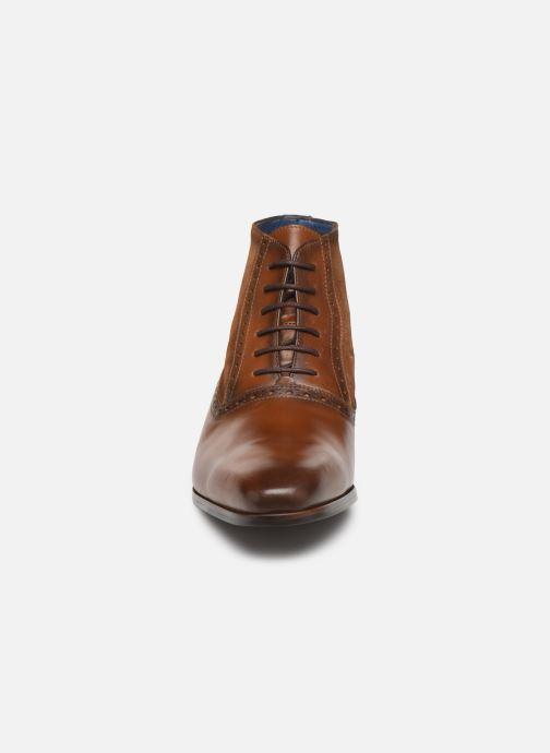 Bottines et boots Brett & Sons CHUCK Marron vue portées chaussures