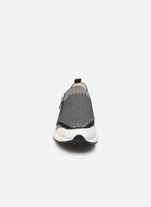 Baskets Geox D OMAYA C D820SC Gris vue portées chaussures