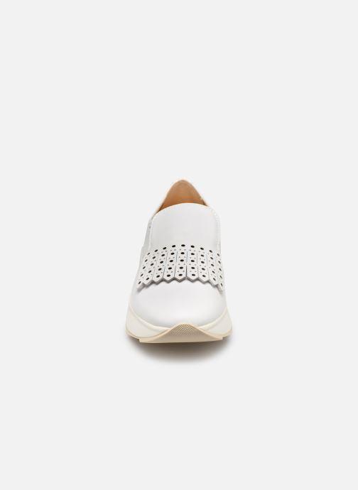 Baskets Geox D GENDRY B D825TB Blanc vue portées chaussures