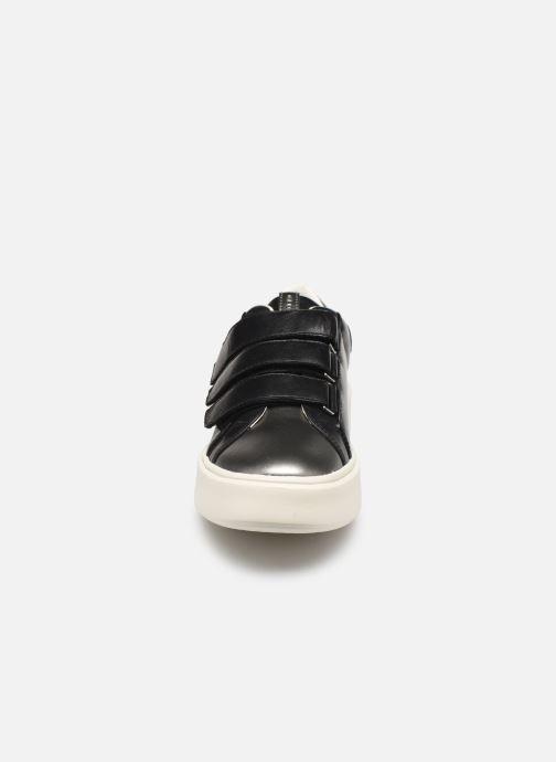 Baskets Geox D NHENBUS C D828DC Noir vue portées chaussures
