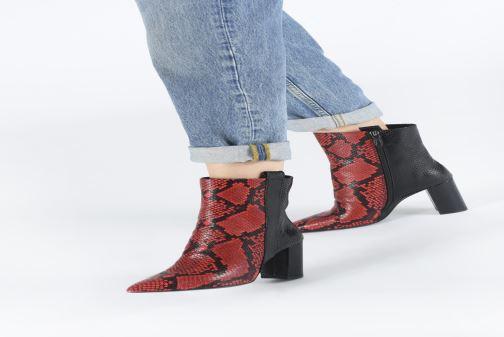 Bottines et boots Bruno Premi BY3303X Rouge vue bas / vue portée sac