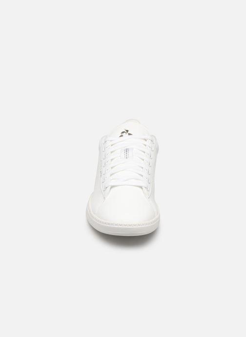 Baskets Le Coq Sportif Courtstar W Premium Blanc vue portées chaussures