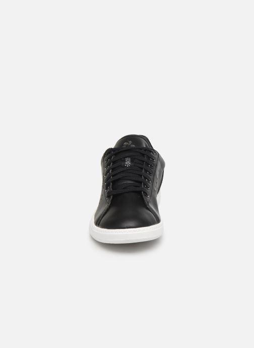 Baskets Le Coq Sportif Courtstar W Premium Noir vue portées chaussures