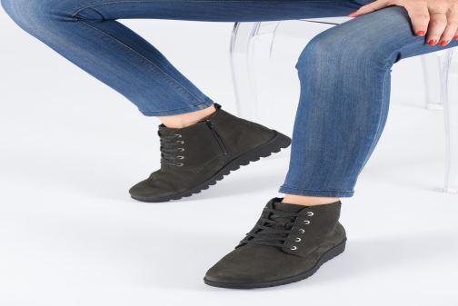 Bottines et boots Mephisto Arielle Noir vue bas / vue portée sac