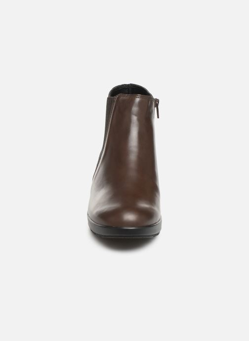 Ankle boots Mephisto Pienza Brown model view