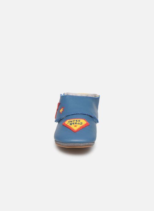 Chaussons Robeez Super Heros Bleu vue portées chaussures