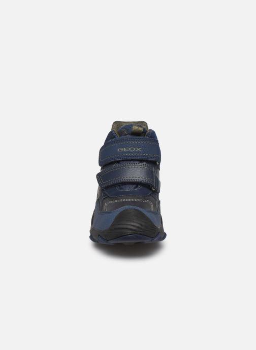 Chaussures de sport Geox J Buller Boy B Abx J949WE Bleu vue portées chaussures