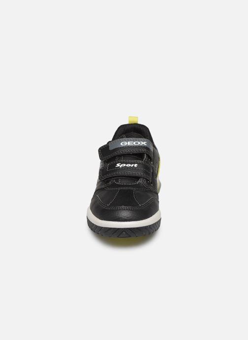 Sneakers Geox J Inek Boy J949CD Zwart model