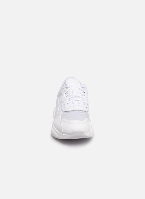 Baskets Puma Rs-98 Core Blanc vue portées chaussures