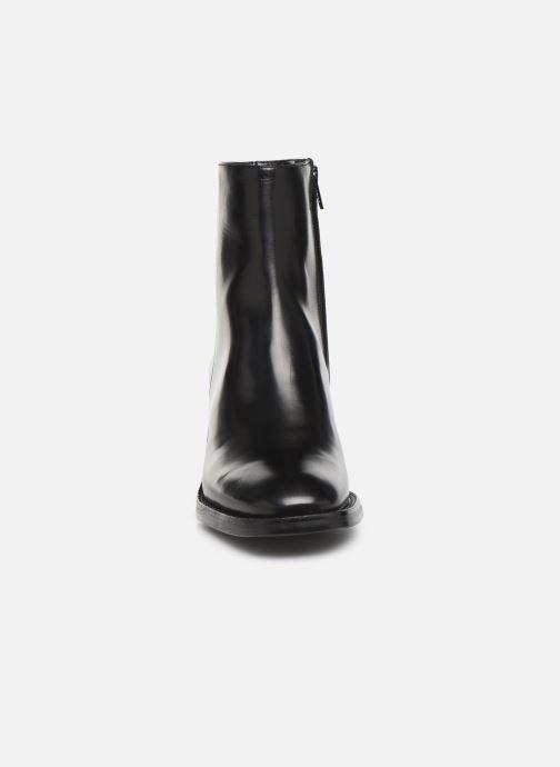 Bottines et boots Free Lance Chiara 6 Zip Boot Noir vue portées chaussures