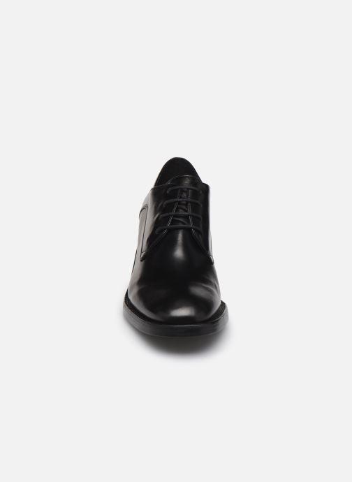 Chaussures à lacets Free Lance Chiara 6 Derby Noir vue portées chaussures
