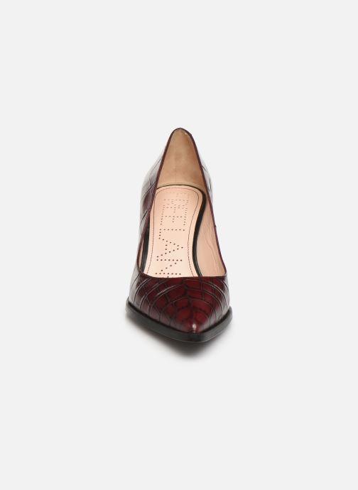 Zapatos de tacón Free Lance Jamie 7 Pump Vino vista del modelo