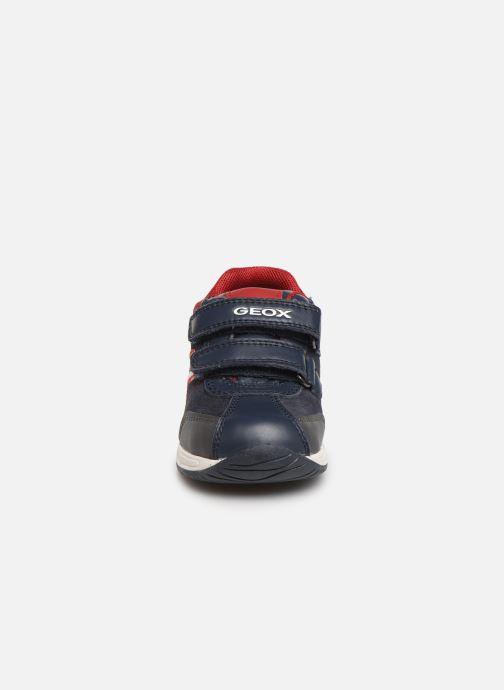 Baskets Geox B Rishon Boy B940RB Bleu vue portées chaussures