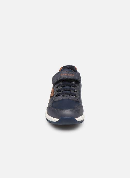Sneakers Geox B Alben Boy B943CB Blauw model