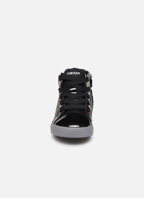 Sneakers Geox B Kilwi Girl B94D5B Nero modello indossato