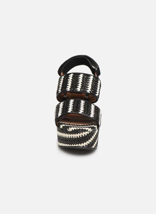 Sandales et nu-pieds Gioseppo 44090 Noir vue portées chaussures