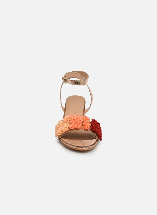 Sandali e scarpe aperte Gioseppo 44123 Oro e bronzo modello indossato