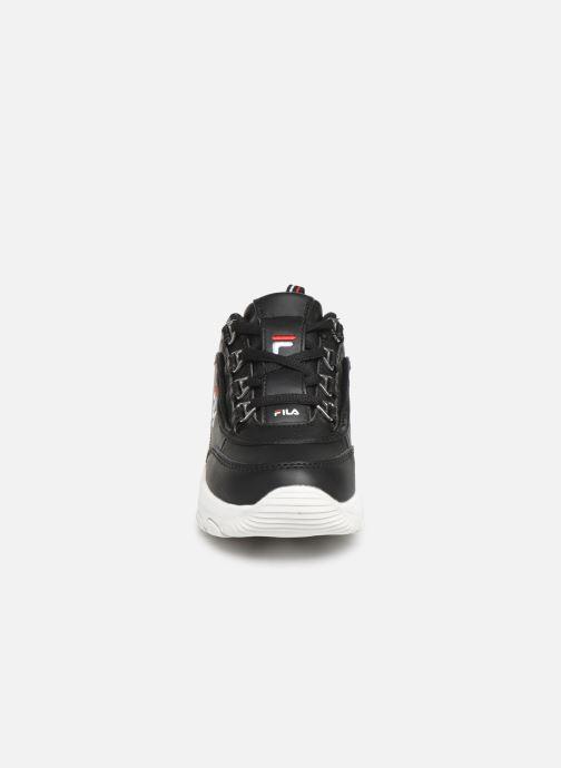 Baskets FILA Strada Low Kids Noir vue portées chaussures
