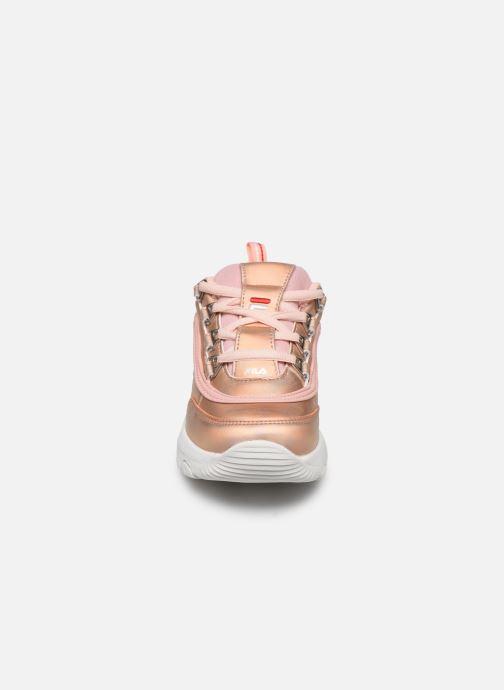 Sneakers FILA Strada Low Kids Pink se skoene på