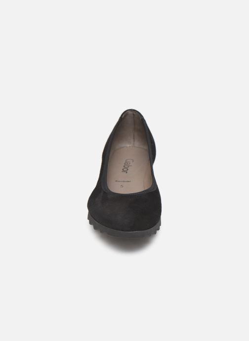 Escarpins Gabor Ninon Noir vue portées chaussures