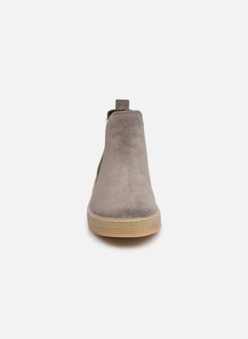Bottines et boots Gabor Komo Gris vue portées chaussures