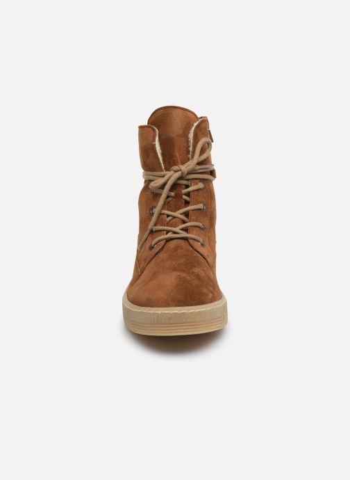 Bottines et boots Gabor Rang Marron vue portées chaussures