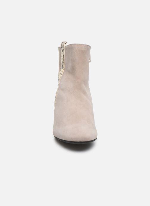 Bottines et boots Gabor Phiphi Gris vue portées chaussures
