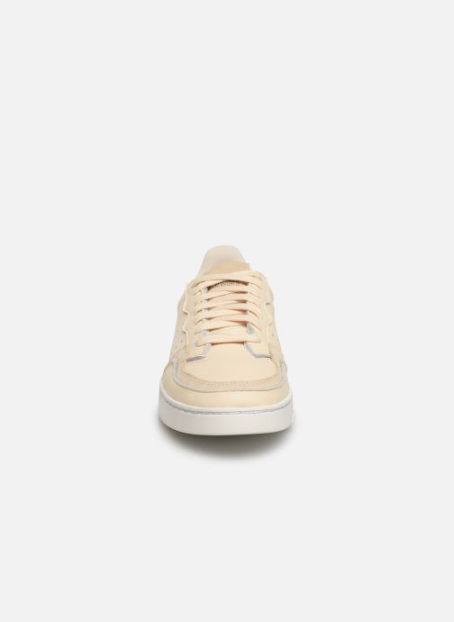 Baskets adidas originals Supercourt J Beige vue portées chaussures