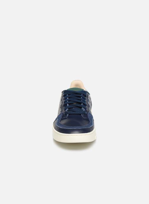 Baskets adidas originals Supercourt J Bleu vue portées chaussures