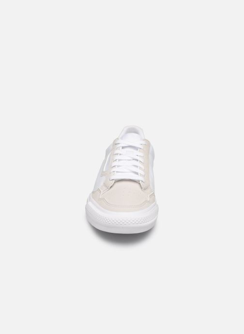 Baskets adidas originals Continental Vulc J Blanc vue portées chaussures
