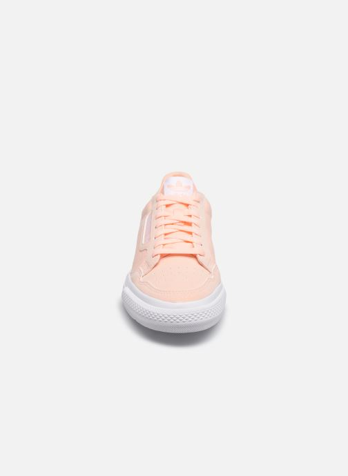 Baskets adidas originals Continental Vulc J Rose vue portées chaussures