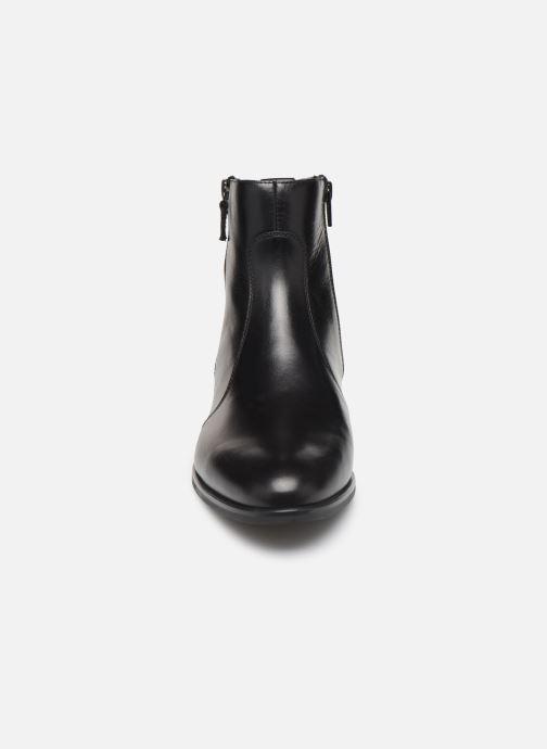 Bottines et boots Unisa BRAS Noir vue portées chaussures
