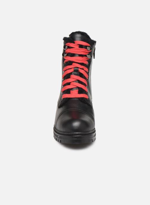Stiefeletten & Boots Unisa IRACHE-CLF schwarz schuhe getragen