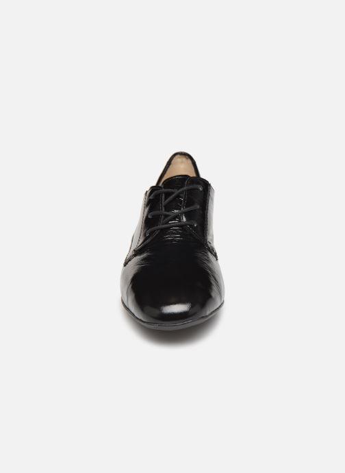 Scarpe con lacci Ara Graz Highsoft 11849 Nero modello indossato