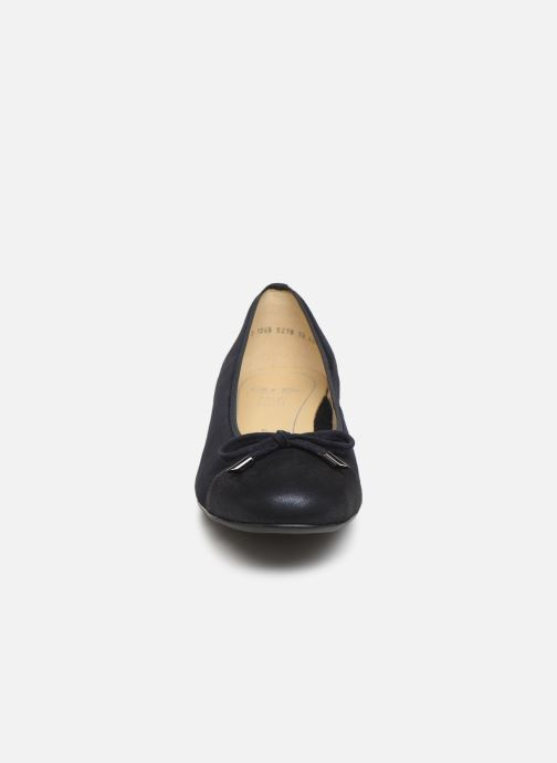 Ballerines Ara Bari 43721 Bleu vue portées chaussures