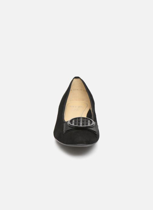 Ballerines Ara Bari 43720 Noir vue portées chaussures