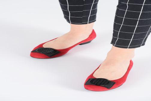 Ballerinas Ara Bari 43720 rot ansicht von unten / tasche getragen