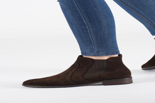 Bottines et boots Ara Liverpool 49520 Marron vue bas / vue portée sac